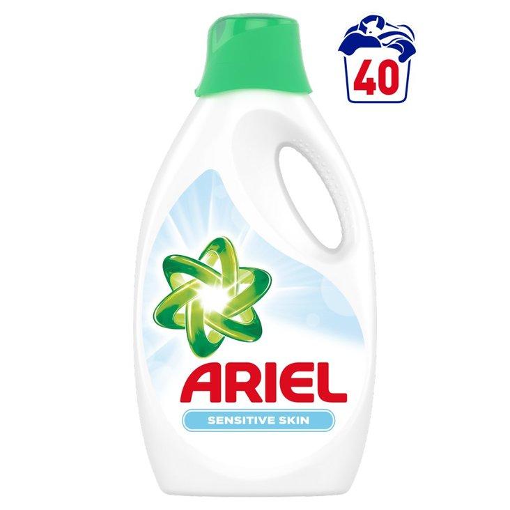 Ariel Sensitive Płyn doprania, 2.2l, 40 prań (1)