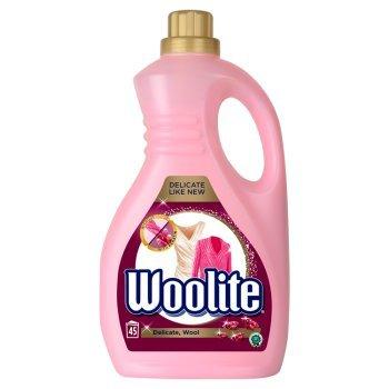 Woolite Płyn do prania delikatne tkaniny i wełna 2,7 l 45 prań (1)